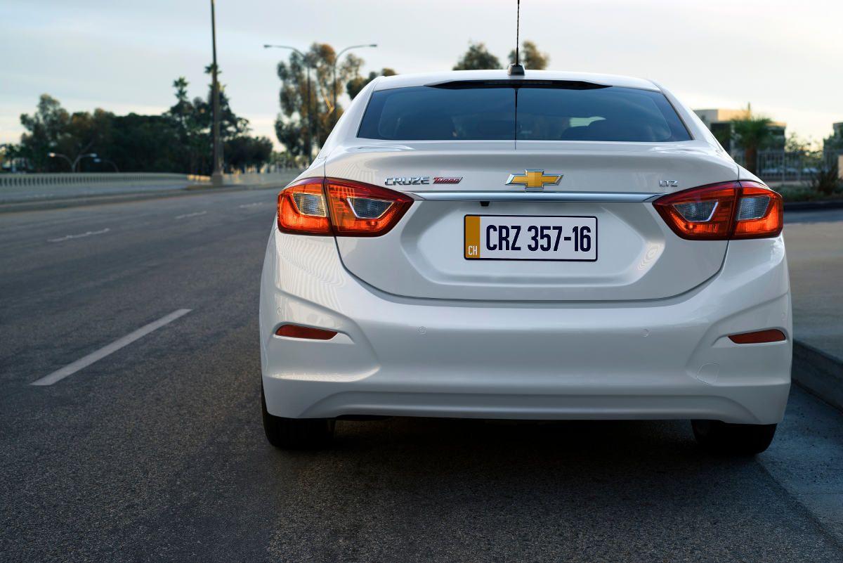 Chevrolet-Cruze-4