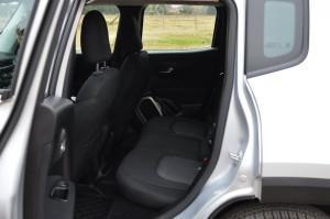 Jeep-Renegade-47