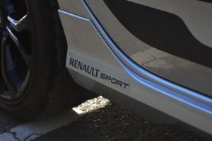 Renault-Sandero-RS (1)