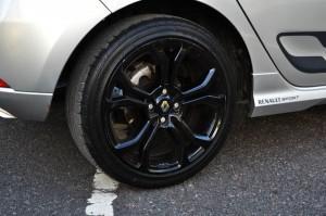 Renault-Sandero-RS (10)