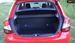 Toyota-Etios-Hatchback-prueba-36