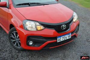Toyota-Etios-Hatchback-prueba-4