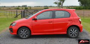 Toyota-Etios-Hatchback-prueba-6